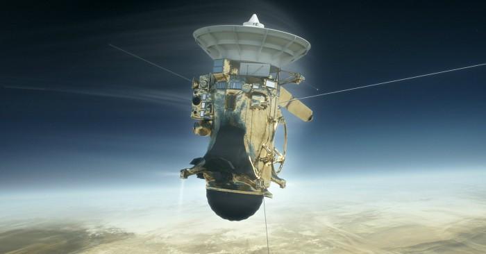 Tàu Cassini đâm xuống sao Thổ