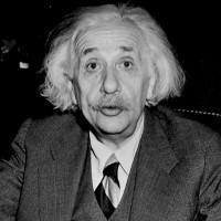 Những thói quen khác biệt tạo nên thiên tài Albert Einstein