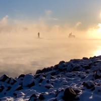 Video: Hồ nước bốc khói khi trời lạnh ở Mỹ