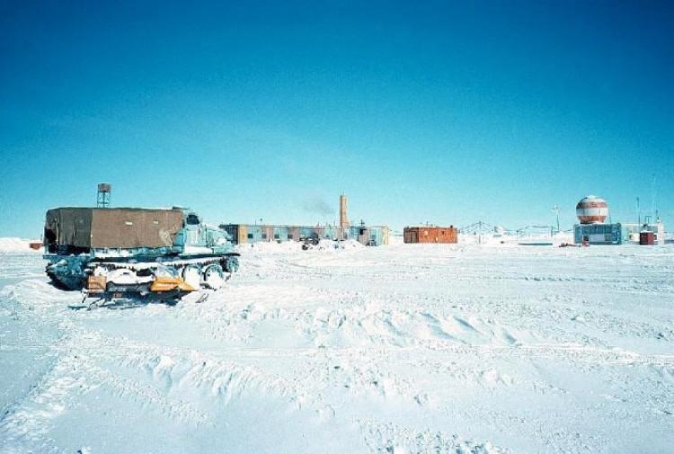 Kỷ lục lạnh nhất từng được ghi nhận là -89 độ ở Vostok, Nam Cực.