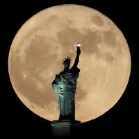 """Hiện tượng """"trăng sói"""" sẽ xuất hiện ở Mỹ vào ngày đầu năm mới"""