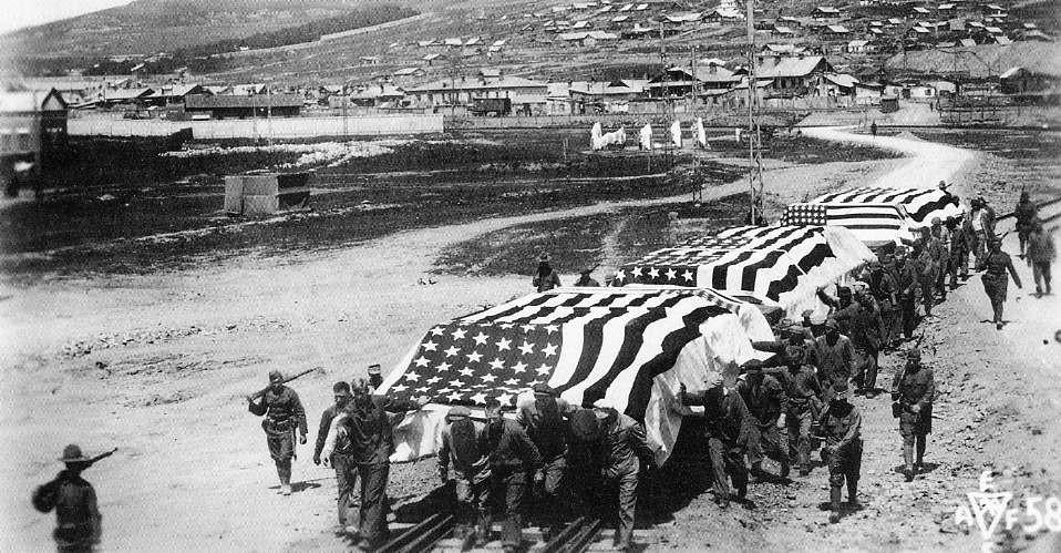 Cuộc chiến kết thúc năm 1922 với thắng lợi của Hồng Quân