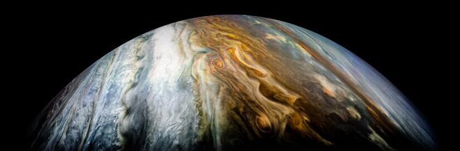 Vùng nhiệt đới phía Nam của sao Mộc.