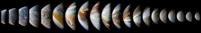 Bộ hình đầy đủ gồm 10 hình do JunoCam chụp được trong một quỹ đạo bay trông như hình này.