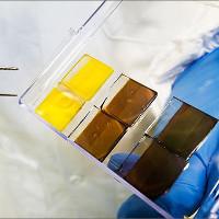 Pin năng lượng mặt trời mỏng hơn sợi tóc sẽ sớm xuất hiện ở khắp mọi nơi