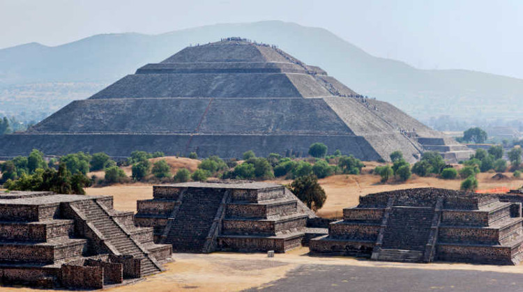 Mexico trải qua nhiều thay đổi khi người châu Âu đến.