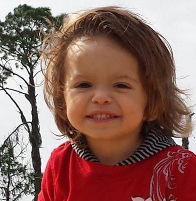 Bố mẹ Ryker đã không đưa cậu bé đến bệnh viện ngay sau khi phát hiện nên đã không thể cứu chữa.