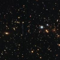 Cụm thiên hà có khối lượng gấp ba triệu tỷ lần Mặt Trời