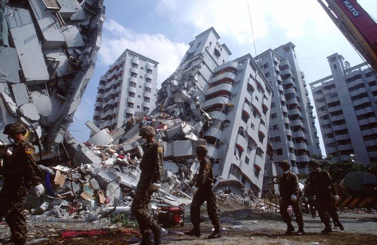 Hiện tại vẫn chưa có cách nào để con người dự báo được động đất.