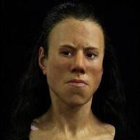 Vẻ đẹp hoàn hảo của cô gái 18 tuổi sống ở 9.000 năm trước