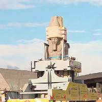 Ai Cập di dời tượng pharaoh nặng 83 tấn