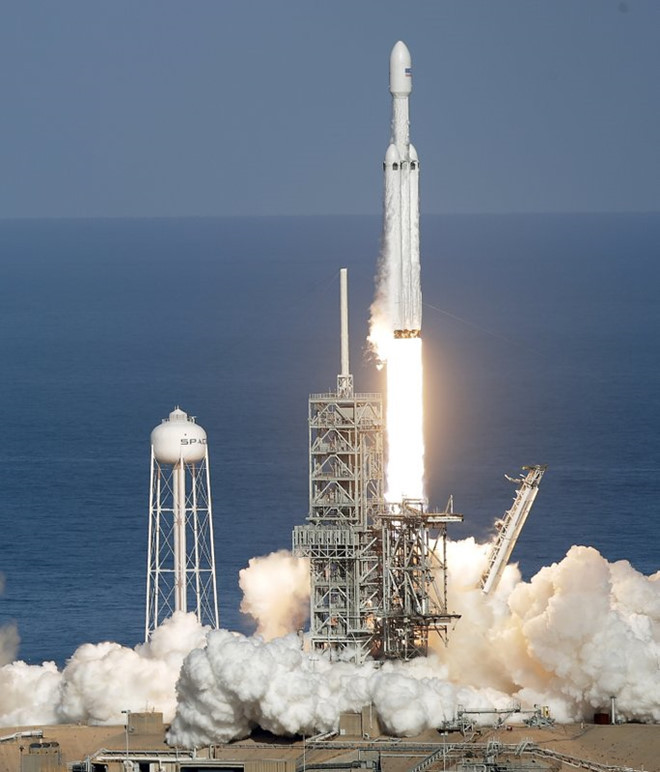 Đây là loại tên lửa siêu lớn và đã có lo ngại vụ phóng thử sẽ không thành công.