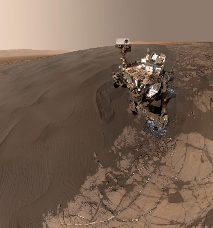 Sứ mệnh cô độc của Mars Curiosity rover được gia hạn thành vô thời hạn.