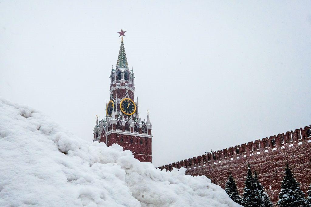 """Nước Nga trong """"chiếc chăn tuyết"""" dày nhất trong hơn 100 năm trở lại đây."""