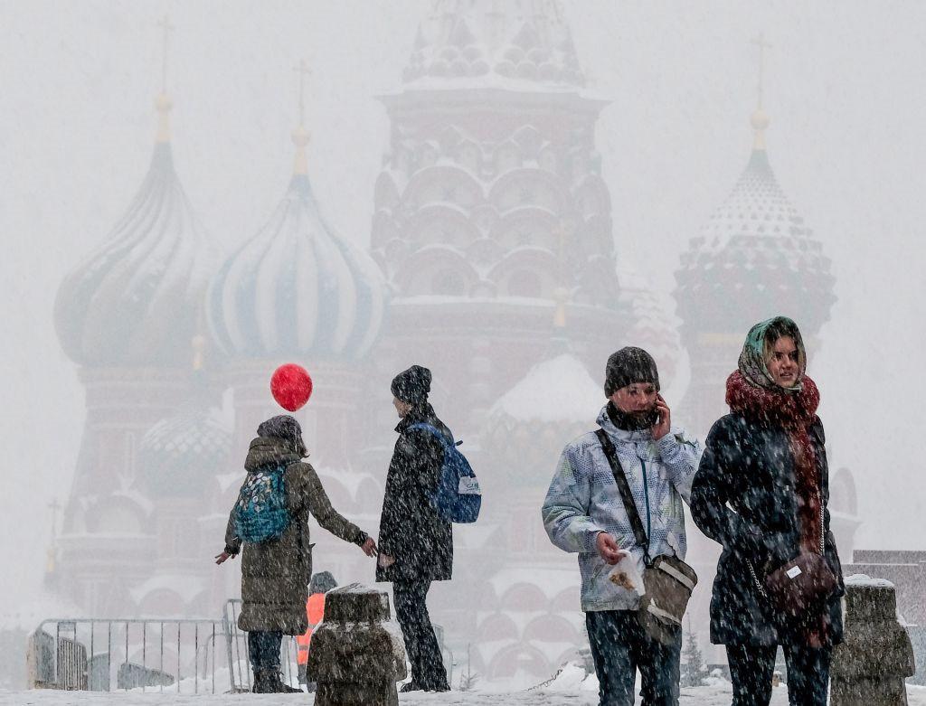 """Bất chấp những bất lợi mà tuyết mang lại, nhiều người đã lên mạng xã hội để bày tỏ sự vui mừng dược nhìn thấy một """"mùa đông nước Nga thật sự"""