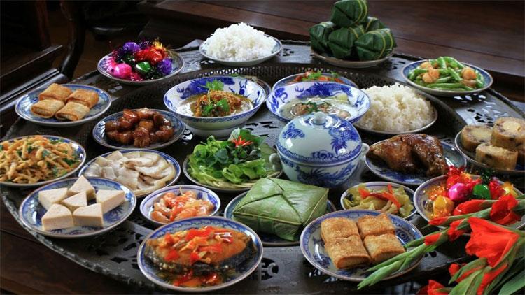 Các loại thực phẩm đặc trưng trong Tết có năng lượng rất cao