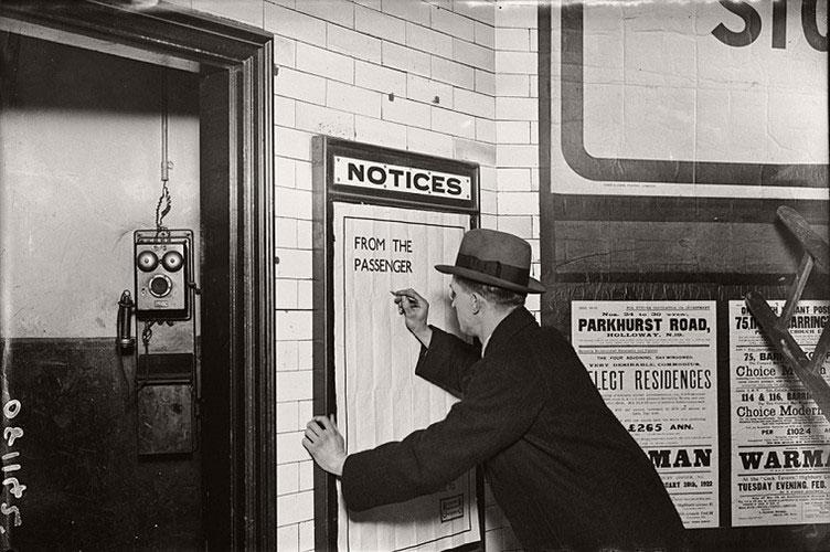 Người đàn ông viết phản hồi về hệ thống tàu điện ngầm London vào năm 1922.