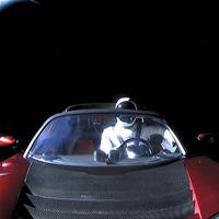 Với trang web này, bạn sẽ theo dõi được vị trí chiếc Tesla Roadster mà Elon Musk vừa phóng lên Vũ trụ