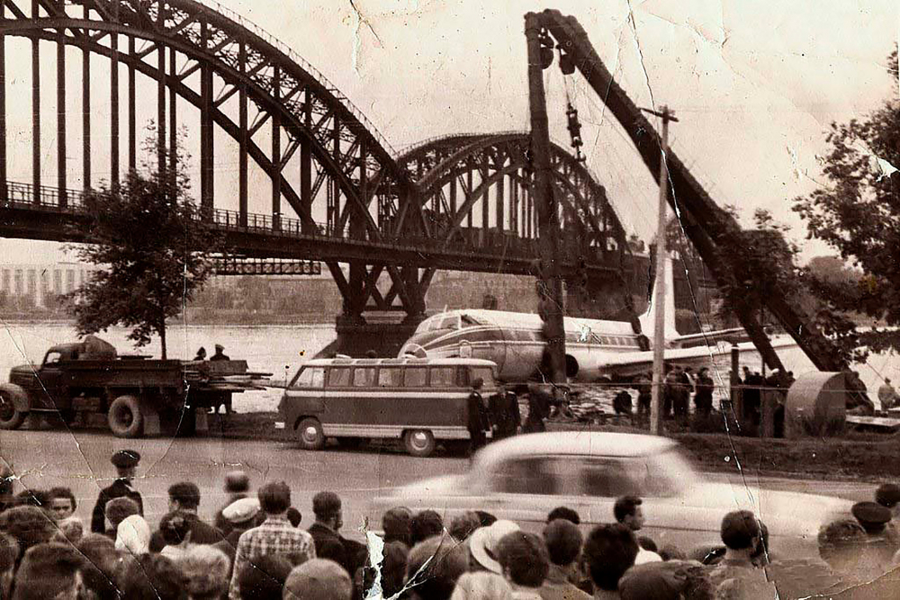 """""""Phép màu trên dòng Neva"""" xảy ra ngày 21/8/1963 tại thành phố Leningrad"""