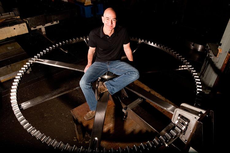 Jeff Bezos - tỷ phú giàu nhất thế giới.