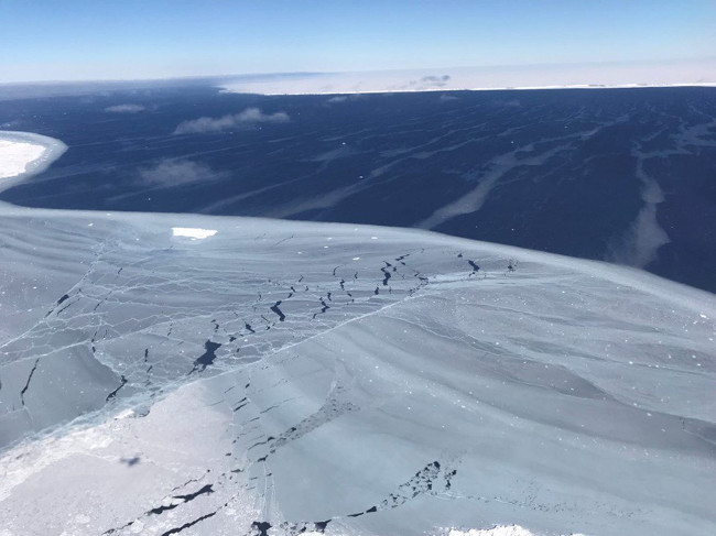Băng Nam Cực.