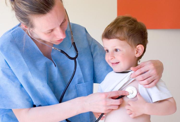 Bệnh tim mạch ở trẻ em nếu không phát hiện sớm dễ dẫn đến biến chứng nguy hiểm.