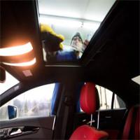 Cửa sổ trời ôtô - mối nguy hiểm tiềm tàng