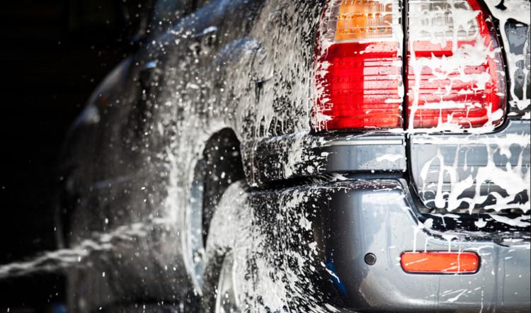 Việc chăm sóc ô tô trở nên đơn giản hơn rất nhiều nhờ công nghệ rửa xe tự động