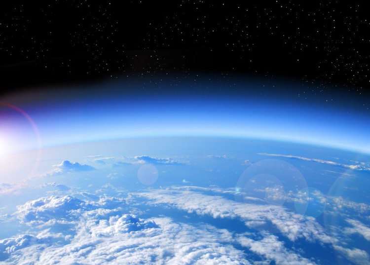 Khí quyển mất thì loài người cũng không còn.