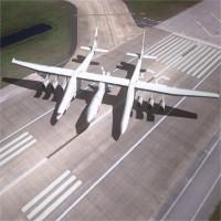 Máy bay sải cánh lớn nhất đạt tốc độ 74km/h trên đường băng