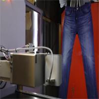 Hãng Levi Strauss dùng robot thay thế công nhân mài quần bò
