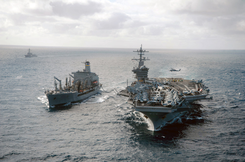 Tàu sân bay USS Carl Vinson (CVN-70)