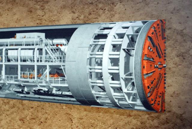 Hầm ngầm thi công bằng máy khoan (TBM).