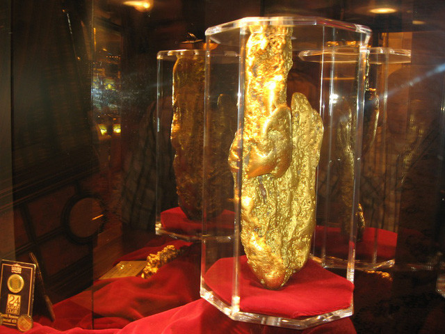 Quặng vàng lớn nhất còn tồn tại đến ngày nay đang được bảo quản tại Las Vegas