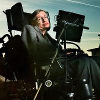 Điều gì khiến Stephen Hawking từ sinh viên lười trở thành bộ óc vĩ đại của nhân loại?