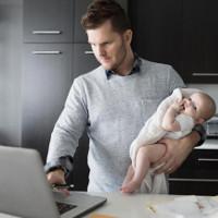 Khoa học khẳng định: Các ông bố thời hiện đại đã tiến hóa, tất cả là nhờ các mẹ