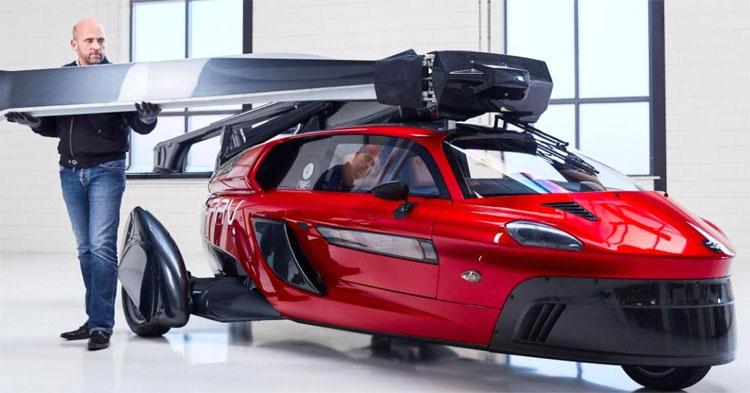 Mô hình chiếc xe hơi bay đầu tiên trên thế giới