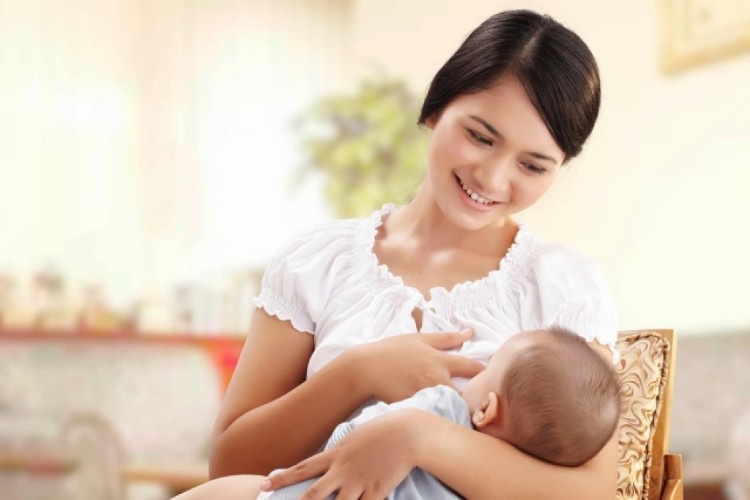 Sữa mẹ là nguồn dinh dưỡng tốt nhất cho trẻ nhỏ, nhưng không thể coi sữa mẹ có thể thay thế tất cả.