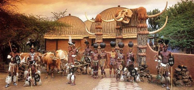 Nếu mất trinh, đàn ông trong bộ lạc cũng phải chịu những hình phạt nghiêm khắc.