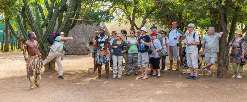 Ngày nay, nhiều du khách phương Tây thường đăng ký tour Shakaland để tham quan và tìm hiểu về văn hóa của người Zulu.