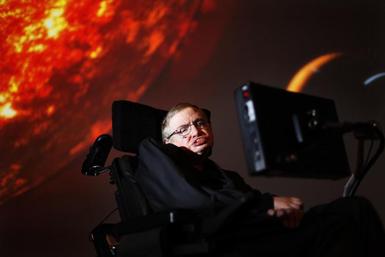Giáo sư Hawking qua đời hôm 14/3, hưởng thọ 76 tuổi.