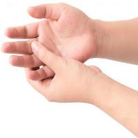 Tìm hiểu triệu chứng và cách chữa ngón tay gãy bút chì