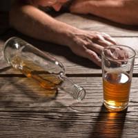 Tiêm tế bào gốc từ mỡ, lập tức hết nghiện rượu