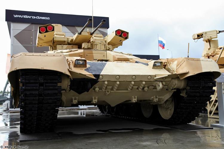 Pháo 2A42 có tốc độ bắn 800 viên/phút, phạm vi tiêu diệt mục tiêu 4.000m.