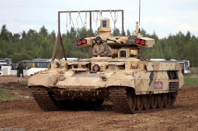 BMPT-72, còn gọi Terminator-2 (Kẻ hủy diệt 2) được Nga giới thiệu vào năm 2013.