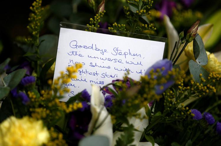 Tro cốt của Hawking sẽ được chôn tại tu viện Westminster