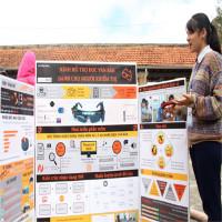 Kính đọc chữ dành cho người khiếm thị của học sinh Sài Gòn