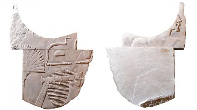 Mặt trước (trái) và mặt sau (phải) của bức điêu khắc nữ pharaoh Hatshepsut.