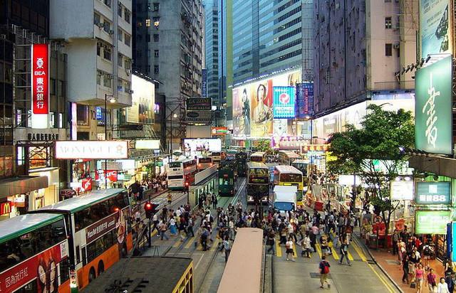 Người dân từ nay có thể đi từ Hongkong tới Macau trong khoảng 1 giờ đồng hồ.
