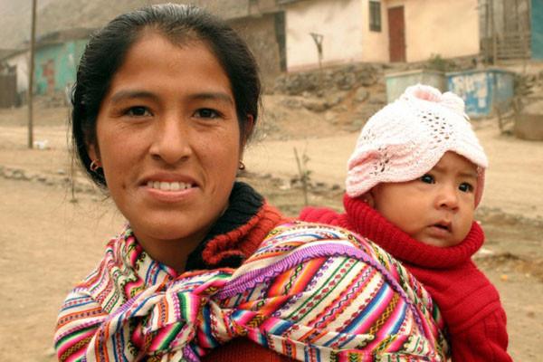 Người Maya tắm trẻ sơ sinh bằng nước đá